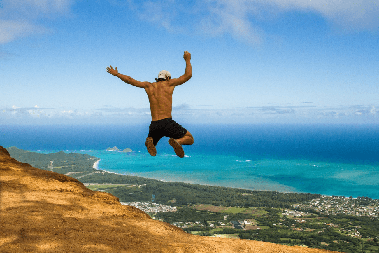 MOTM Jackson Groves Jumping | Millennial Traveler Adventure Young | Packs Light