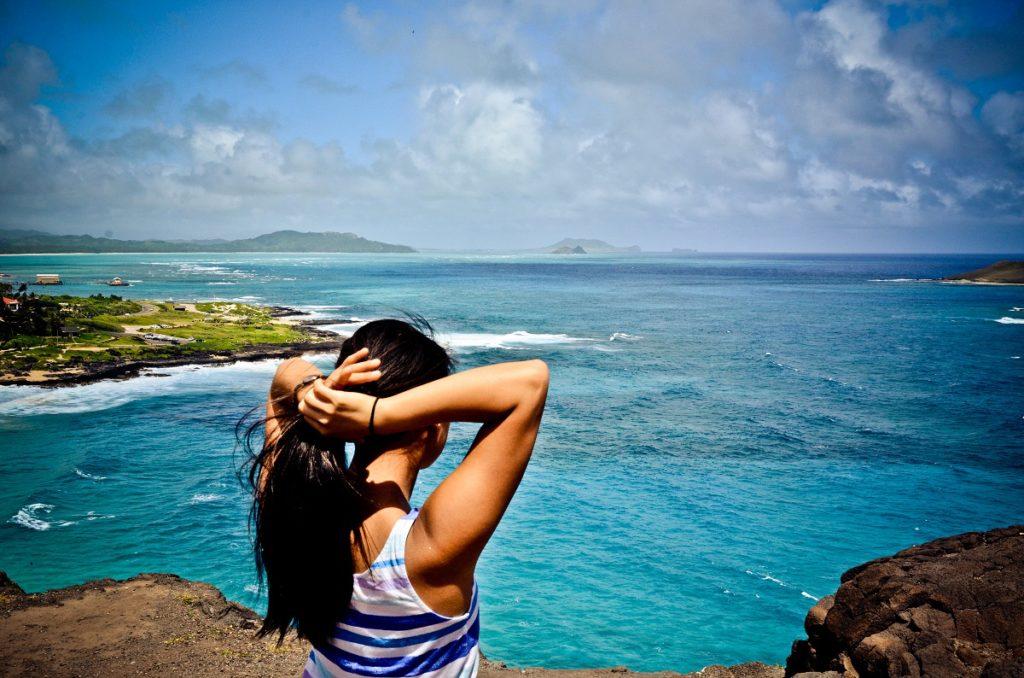 MOTM Keri Mau Millennial Young Traveler Adventure   Packs Light