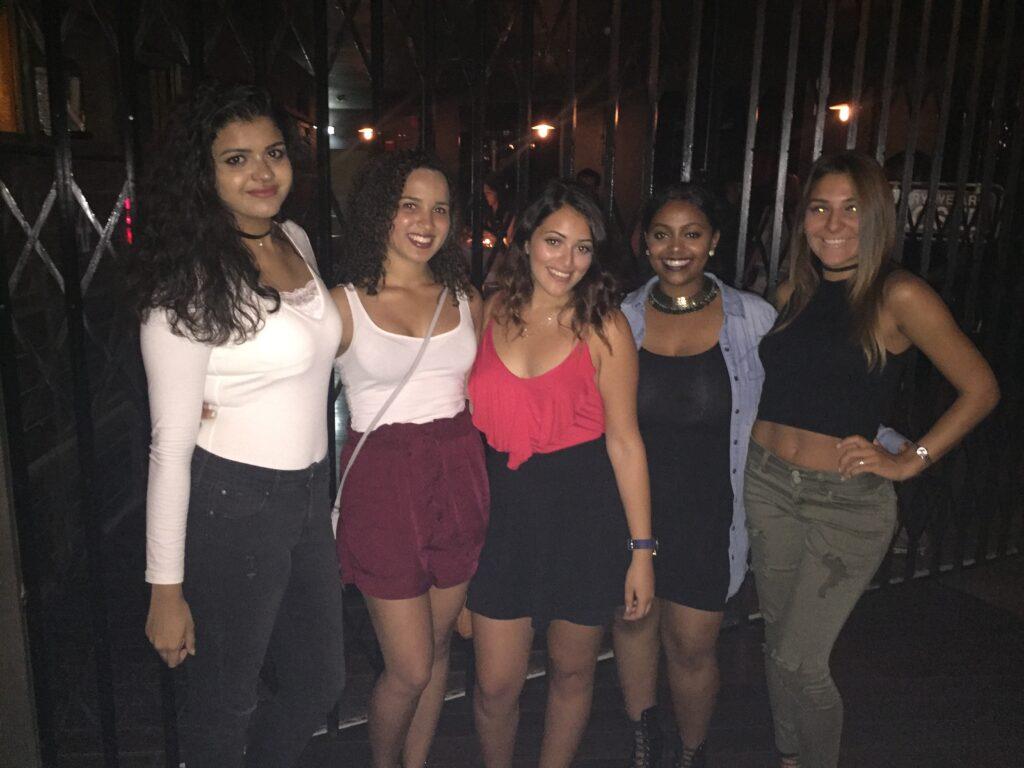 Dubai Night Out | Packs Light