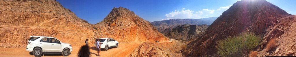 Oman Wadi Arbaeen | Packs Light