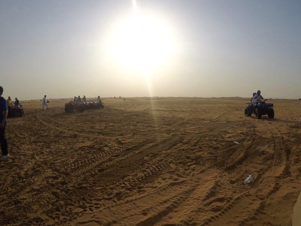 4 wheeling Dubai Desert