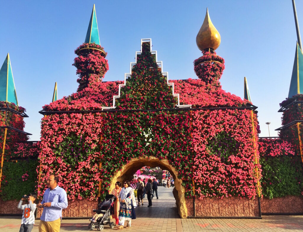 Flower Palace Miracle Gardens | Packs Light6