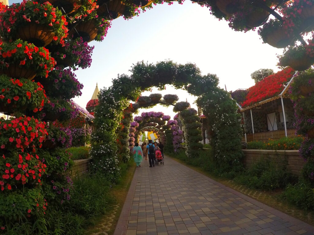 Flower Archway Miracle Gardens | Packs Light
