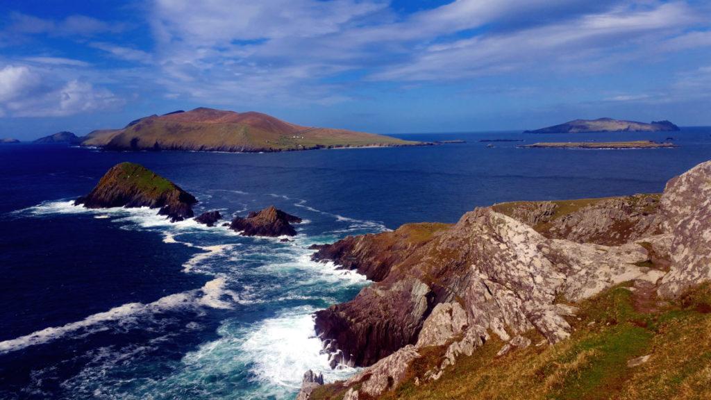 Ireland Dingle Peninsula MOTM Linsay, Young Curvy Abroad - Fat Travel