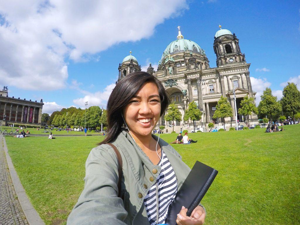Justine - Solo Traveler Collab | Solo Female Traveler | Packs Light