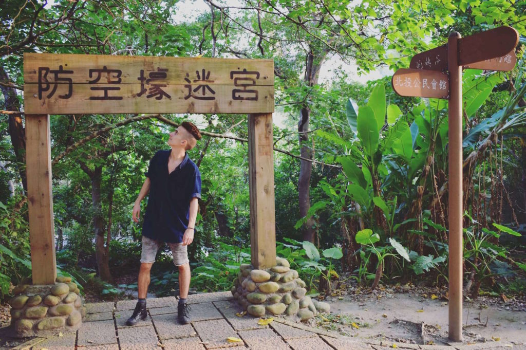 Dave, 23, shares how he took the road less traveled after graduating high school, and became a full-time digital nomad and entrepreneur!